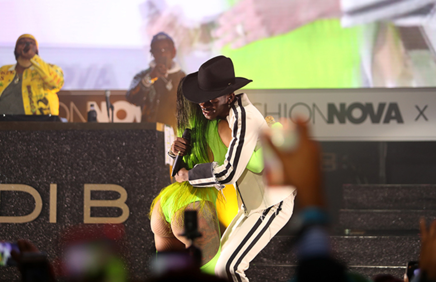 Watch Cardi B Perform Old Town Road With Lil Nas X Complex