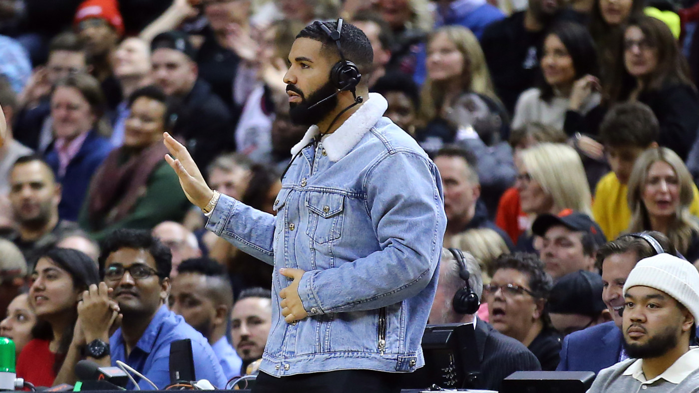 Drake dances during the first half of an NBA game between the Suns and Raptors.
