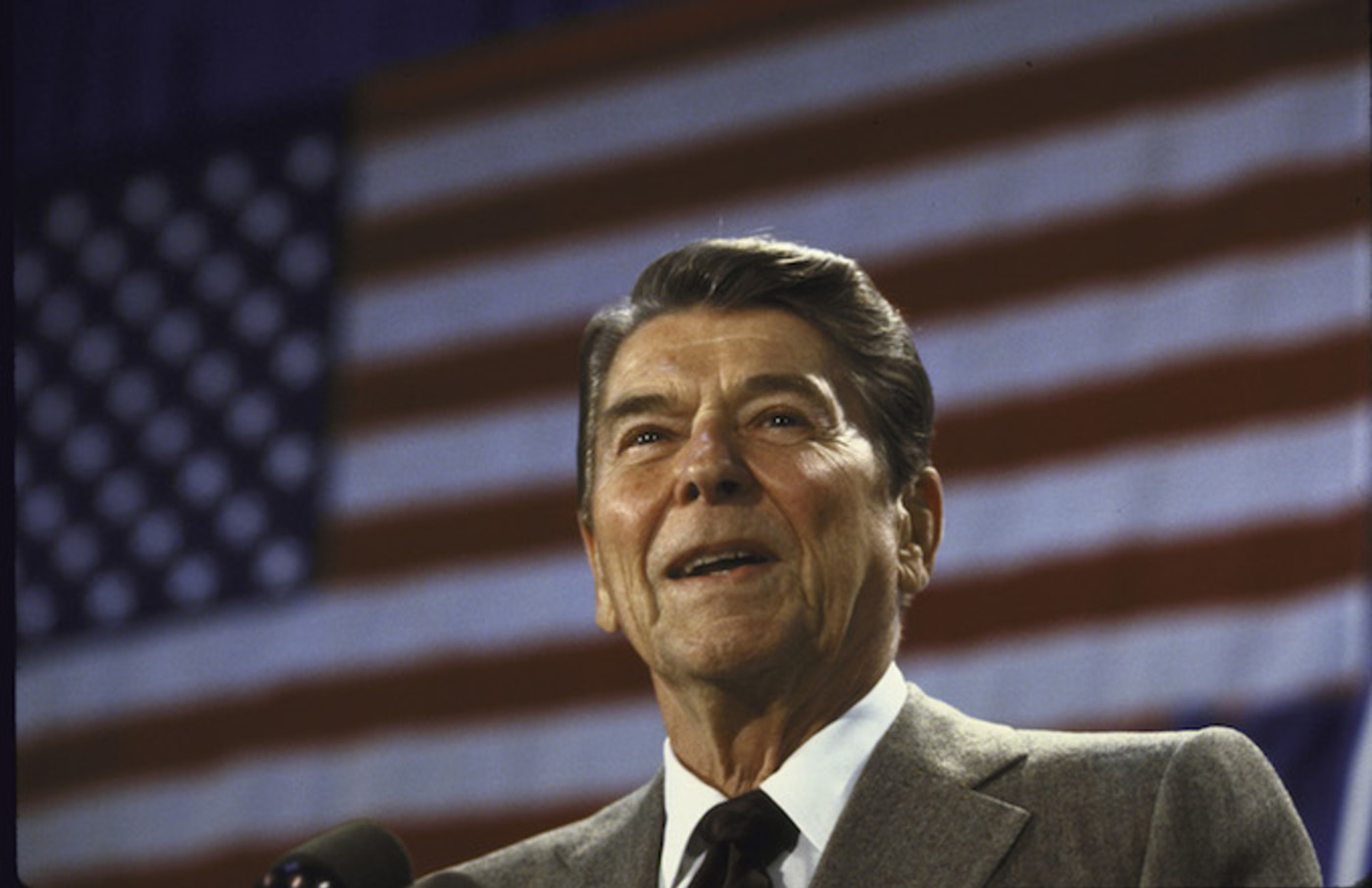 Ronald W. Reagan speaking at a fundraiser for Senate Candidate Linda Chavez's campaign.