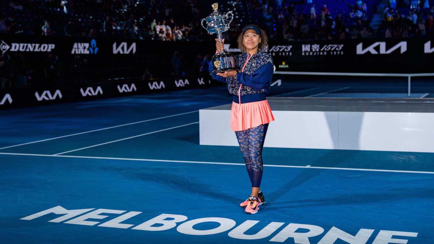 Naomi Osaka of Japan poses with the Daphne Akhurst Memorial Cup