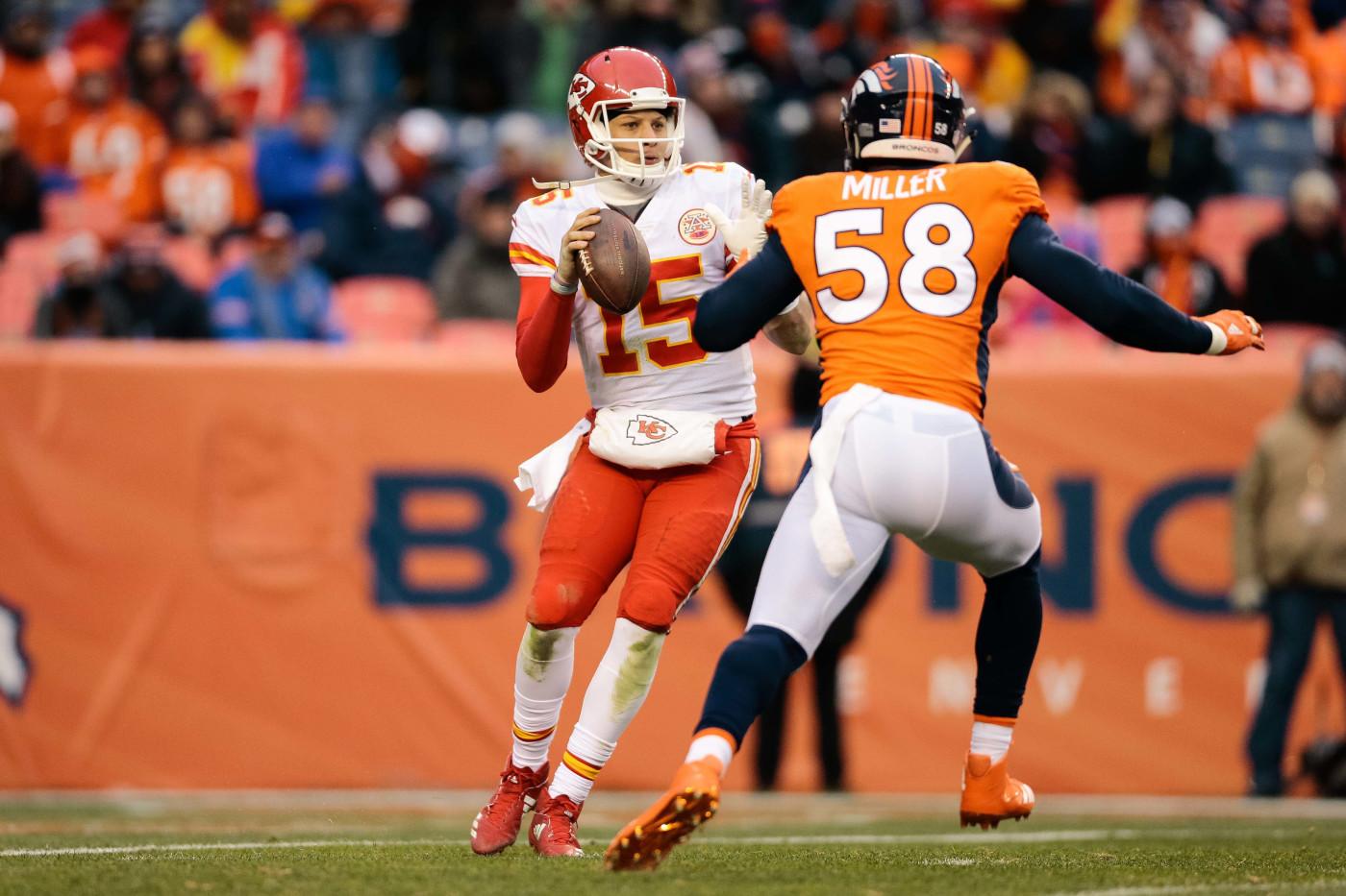 Patrick Mahomes Chiefs Broncos 2017 Debut