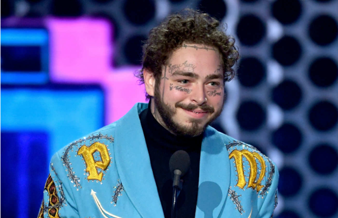Post Malone accepts Favorite Male Artist - Pop/Rock