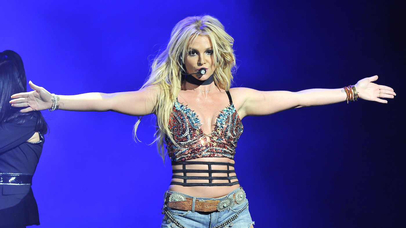 Britney Spears performs at the NOW 99.7 Triple Ho Show 7.0 t SAP Center.
