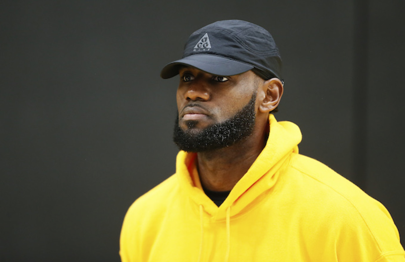 LeBron James watches Lakers' press conference introducing Anthony Davis.