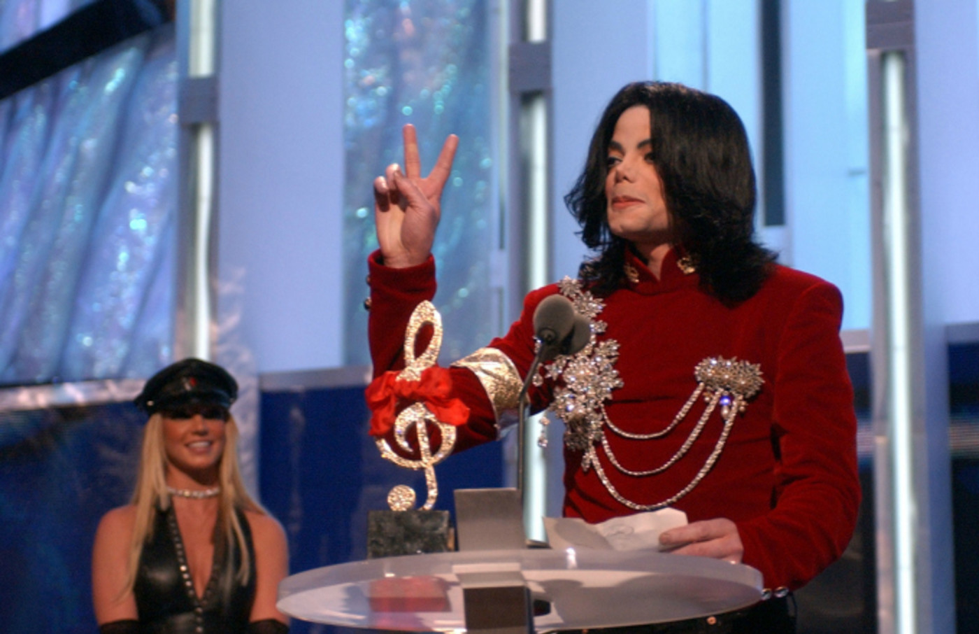 Astounding Mtv Reportedly Wants To Remove Michael Jacksons Name From Video Funny Birthday Cards Online Barepcheapnameinfo
