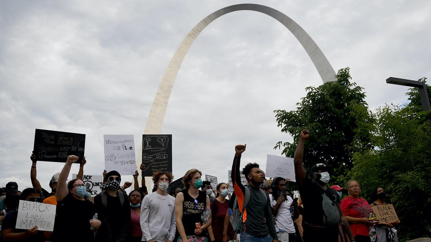 stl-protest