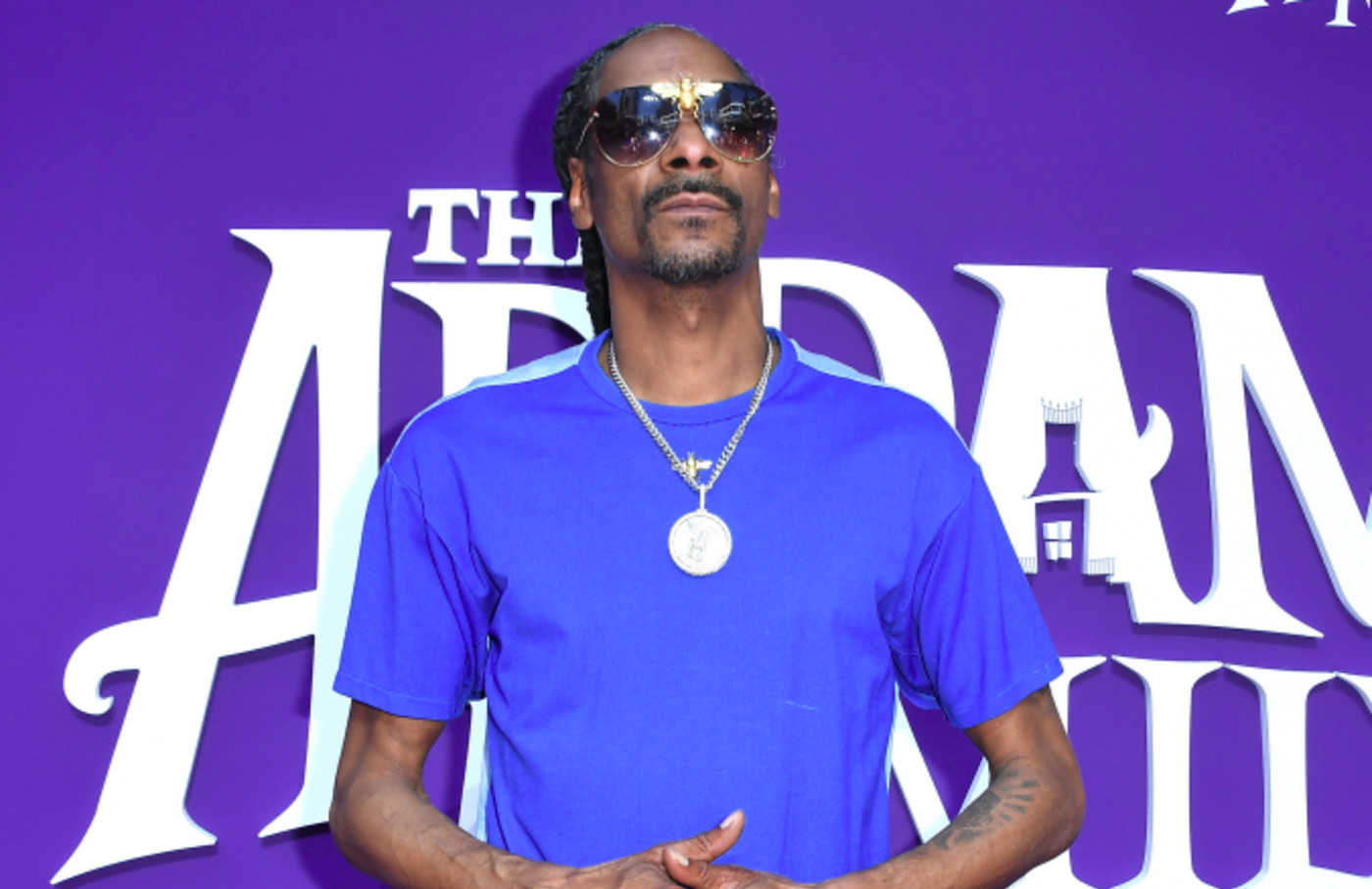"Snoop Dogg arrives at the Premiere Of MGM's ""The Addams Family"""