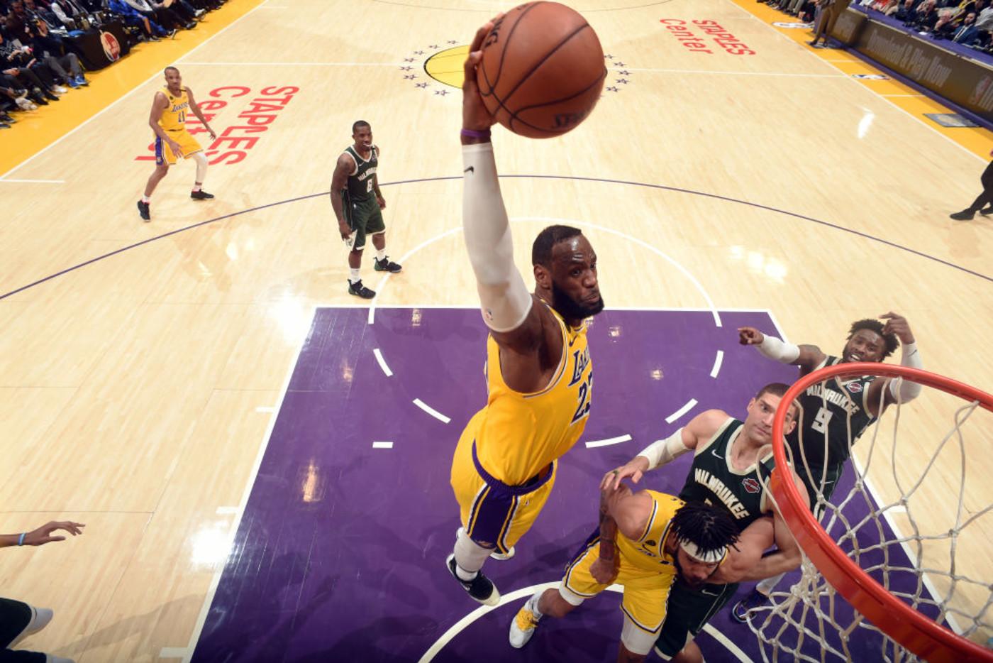 LeBron James Dunk Bucks Lakers LA 202