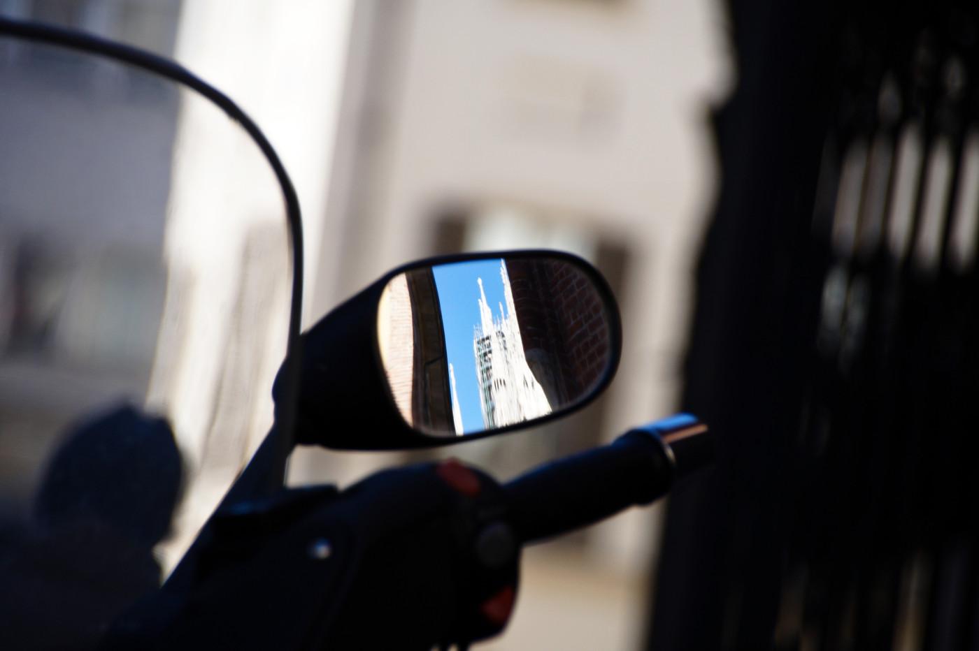 motorcycle-mirror