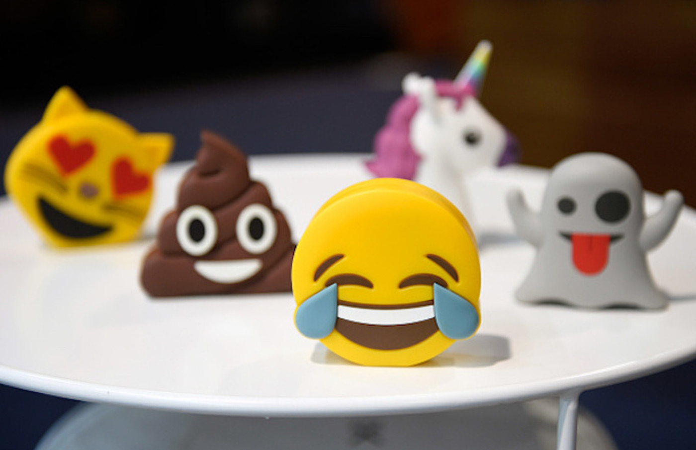 Batteries designed as emojis