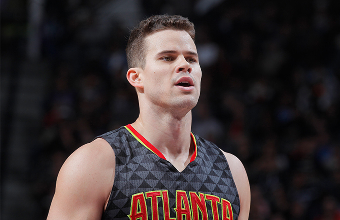 This is a photo of Kris Humphries.