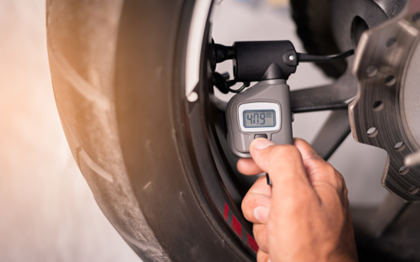 motorcycle-tire-monitor