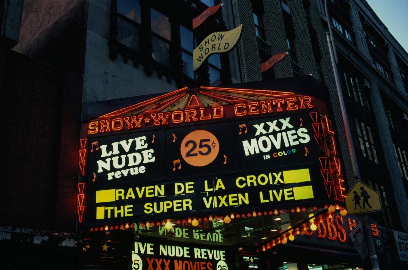 strip-club-sign