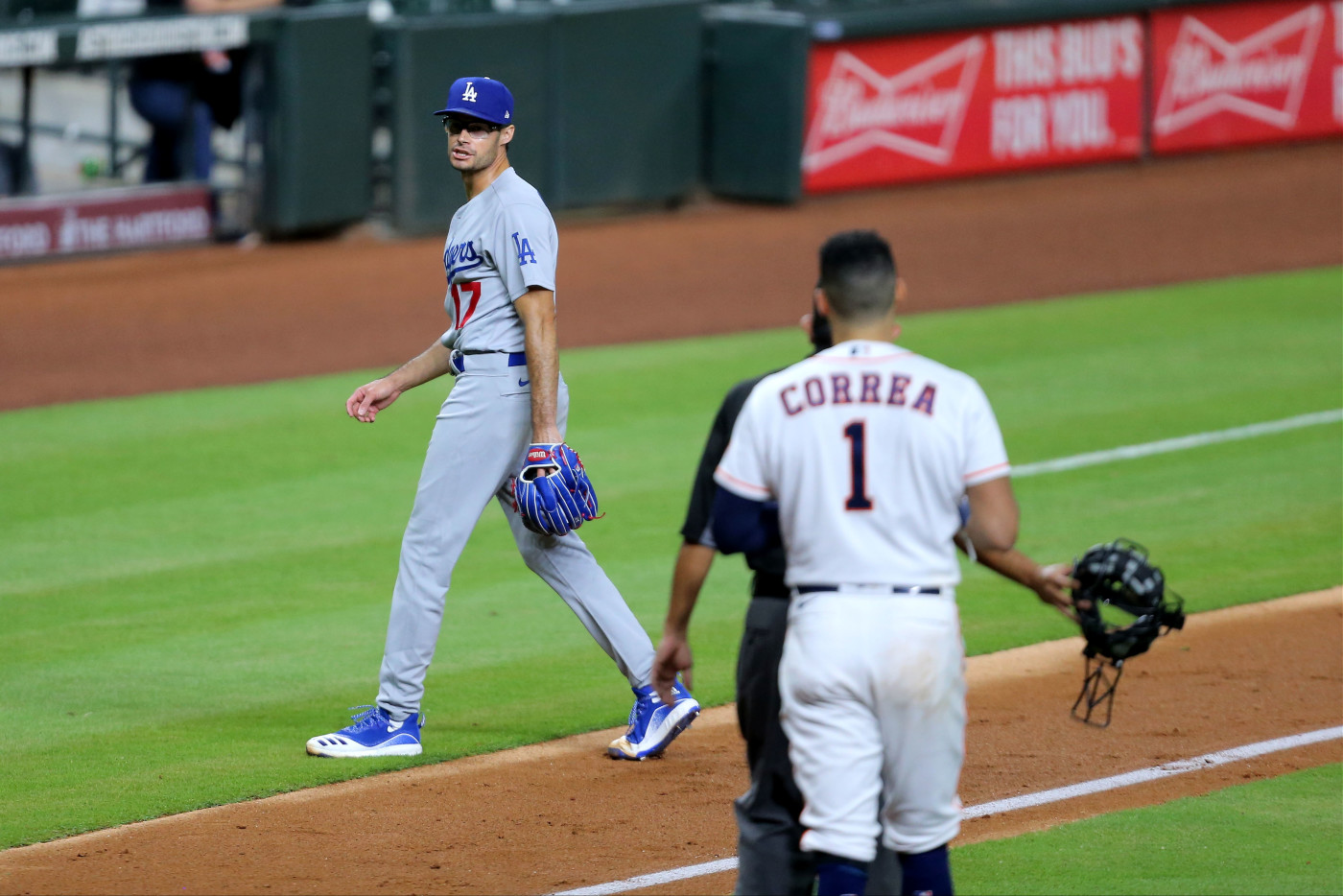 Joe Kelly Carlos Correa Astros Dodgers 2020