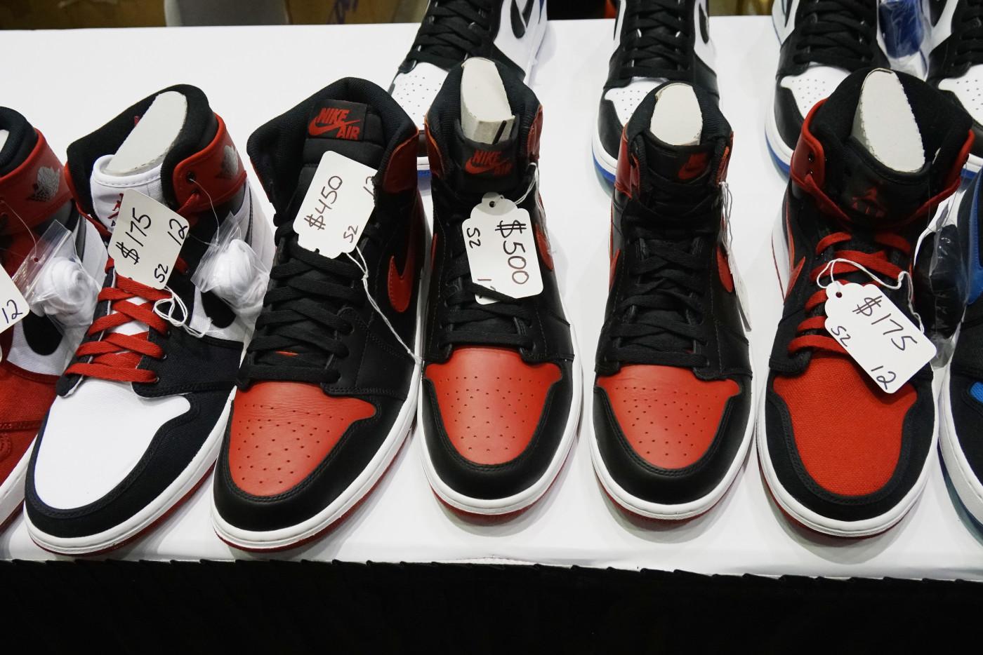 sneaker con 2016