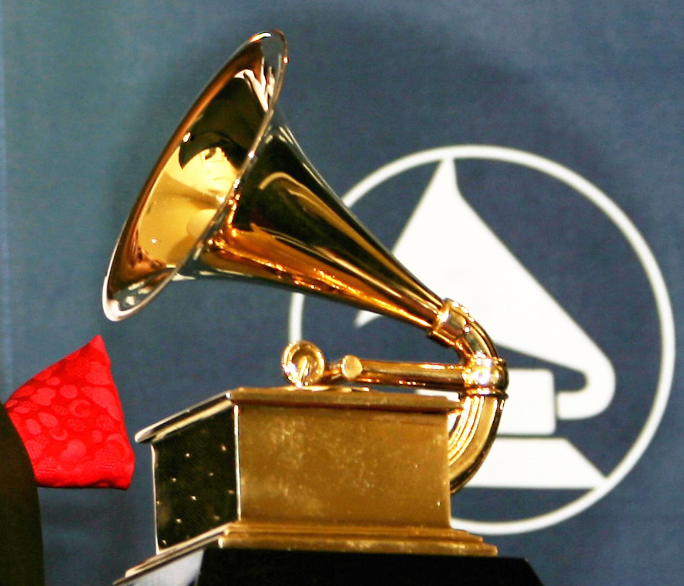 grammy-award-getty-gabriel-buoys