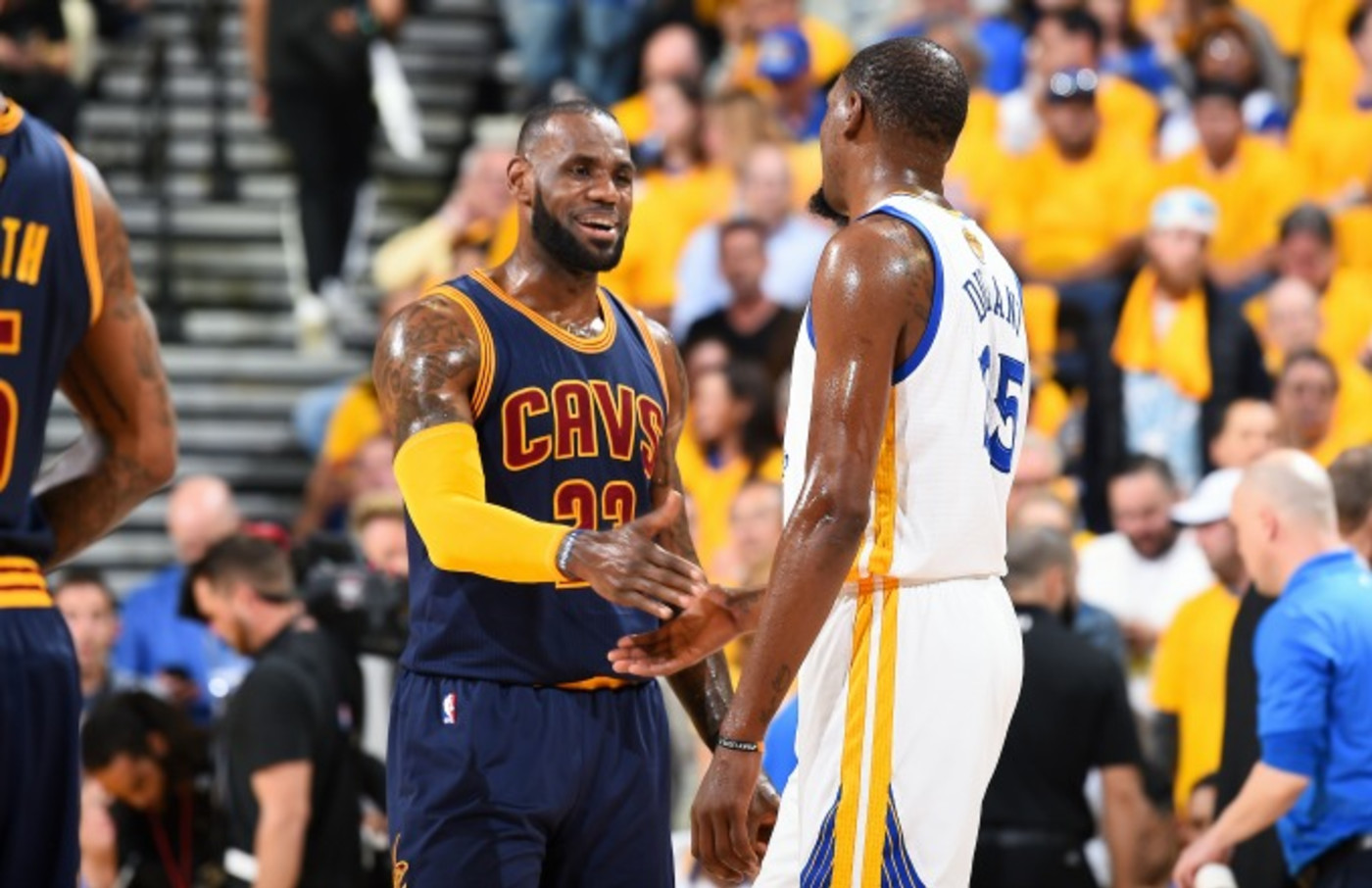 LeBron James shakes hands with Kevin Durant before an NBA Finals game.