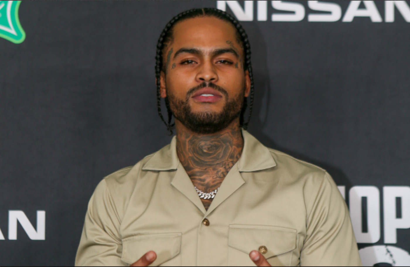 Dave East arrives to the 2019 BET Hip Hop Awards