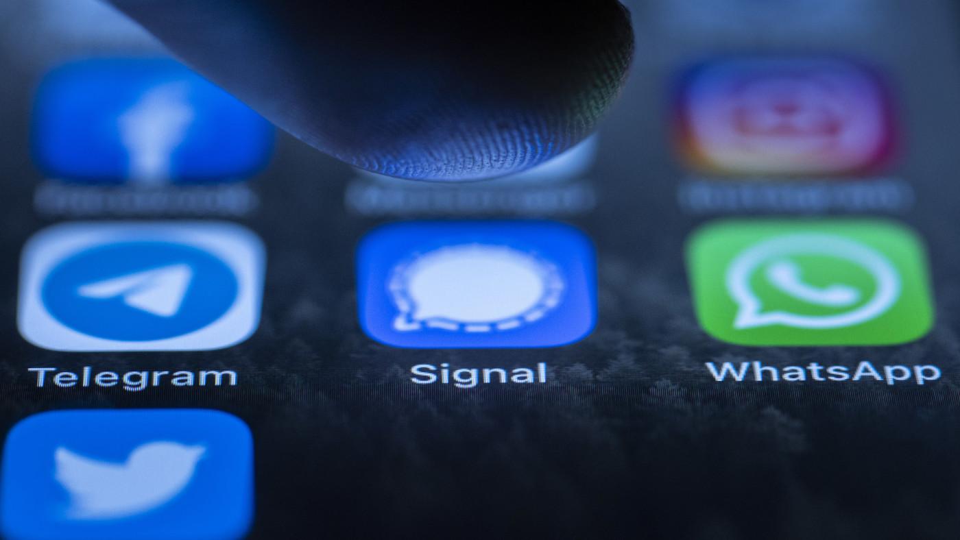 whatsapp-signal