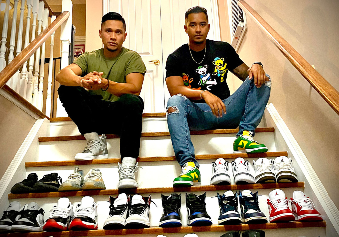 sneakersourceto-toronto-sneaker-resellers-sitting-with-rows-of-shoes