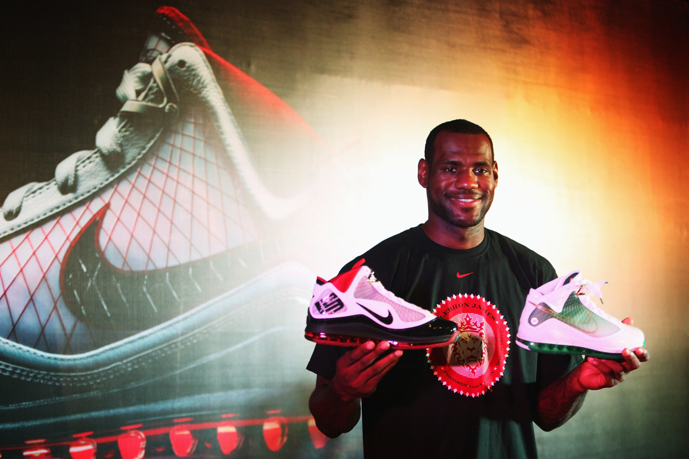 Is Lebron James The Sneaker World S Last Real Signature Athlete Complex