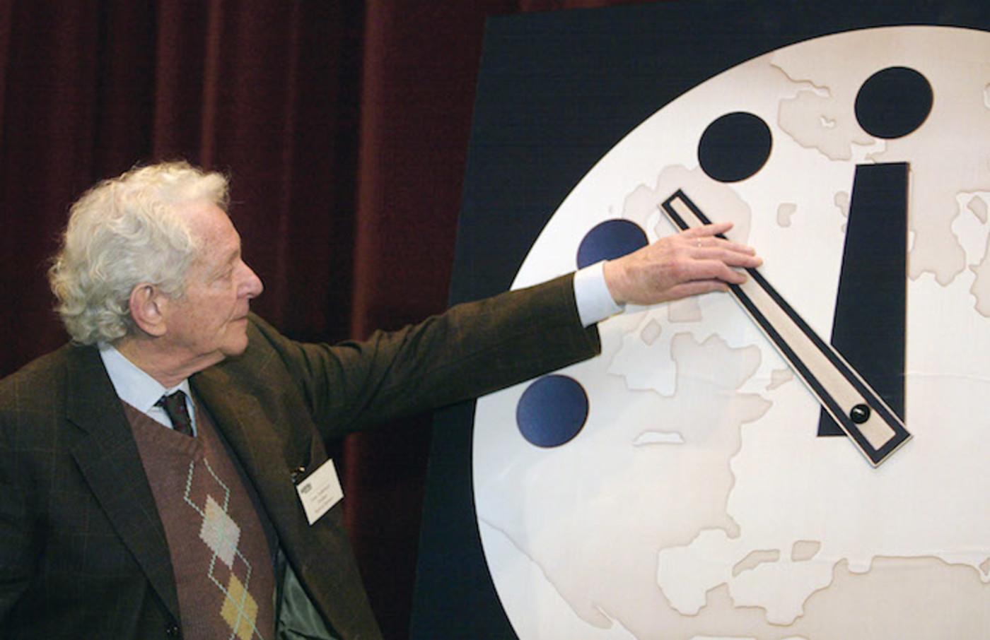 Doomsday Clock in 2002