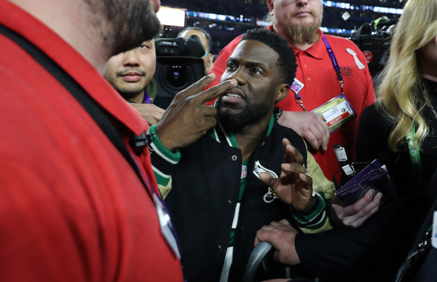 Kevin Hart at the Super Bowl.