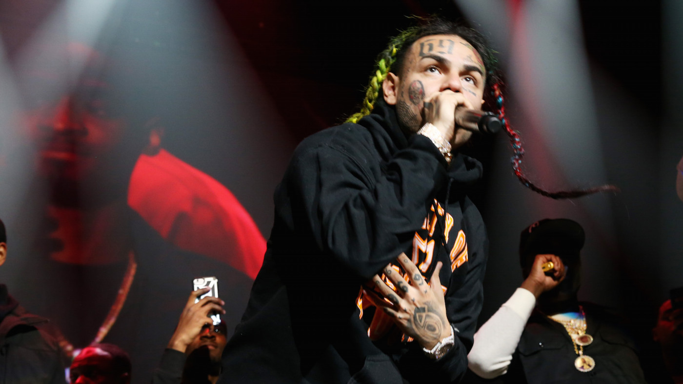 Rapper 6ix9ine performs at Power 105.1's Powerhouse 2018 at Prudential Center