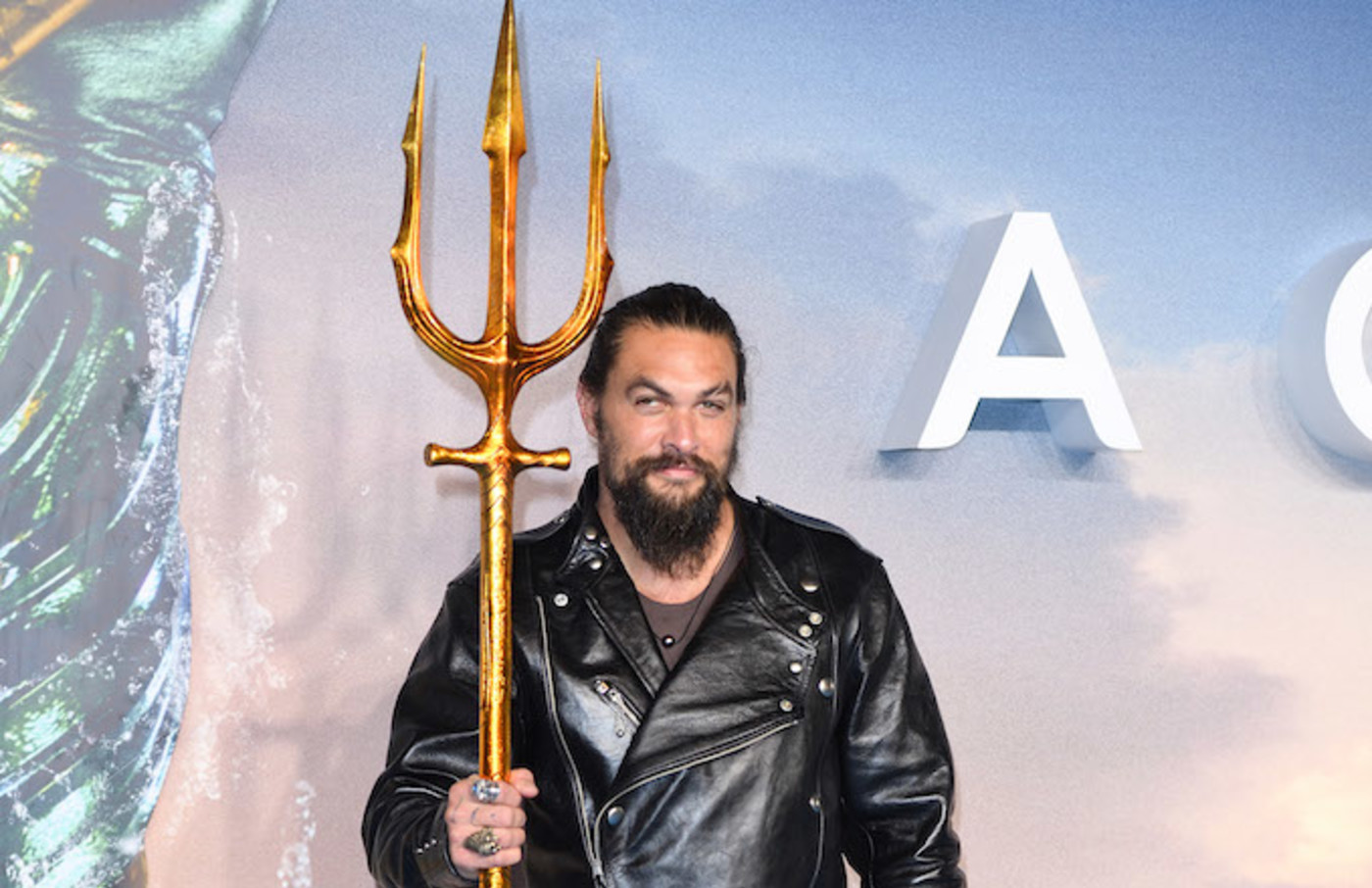 Jason Momoa attends the World Premiere of 'Aquaman' at Cineworld Leicester Square.