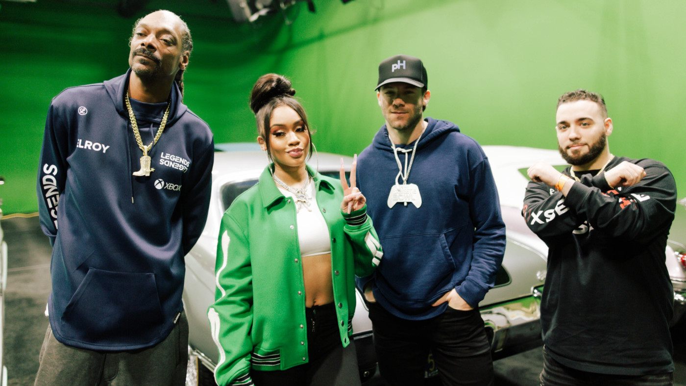Saweetie, Snoop, Julian Edelman, and XSET JOKE.