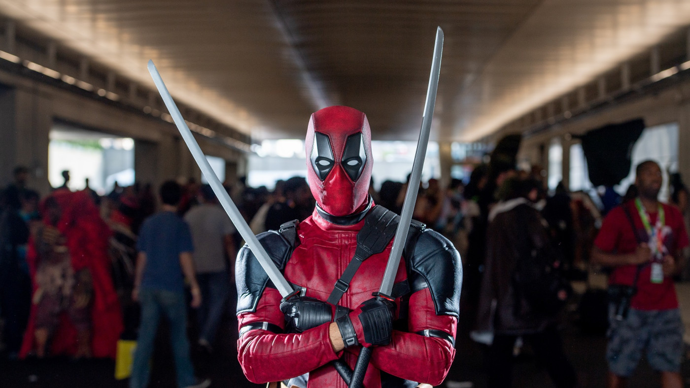 Deadpool cosplayer