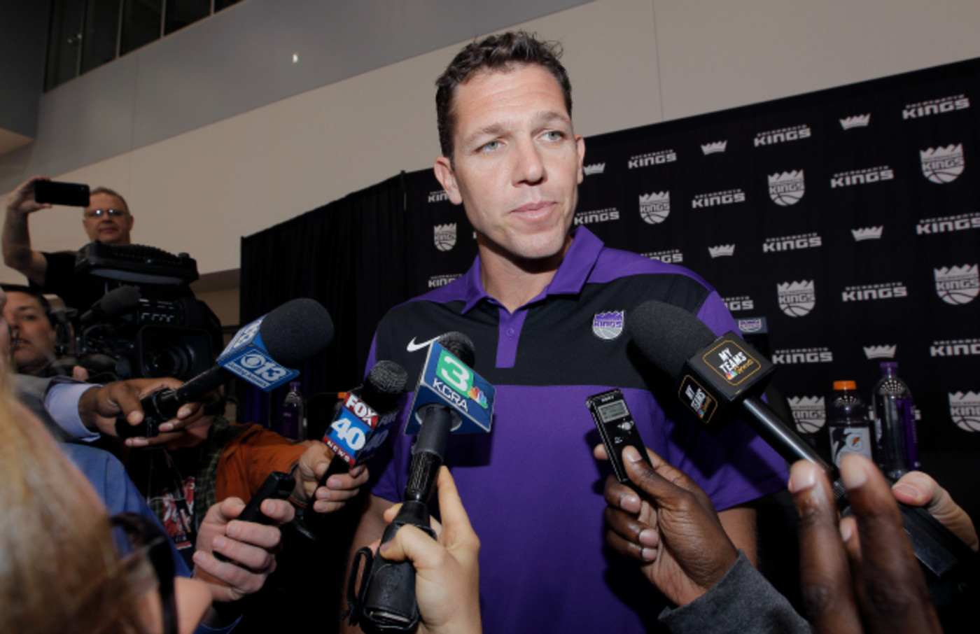 Vlade Divac introduces Luke Walton as the new Head Coach of the Sacramento Kings