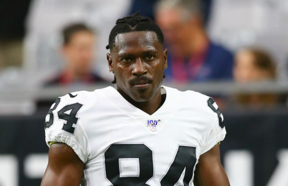 Oakland Raiders wide receiver Antonio Brown