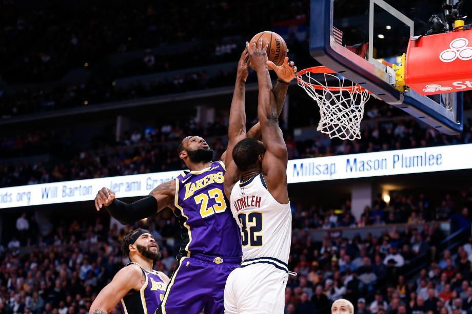 LeBron James Noah Vonleh Lakers Nuggets Denver Feb 2020