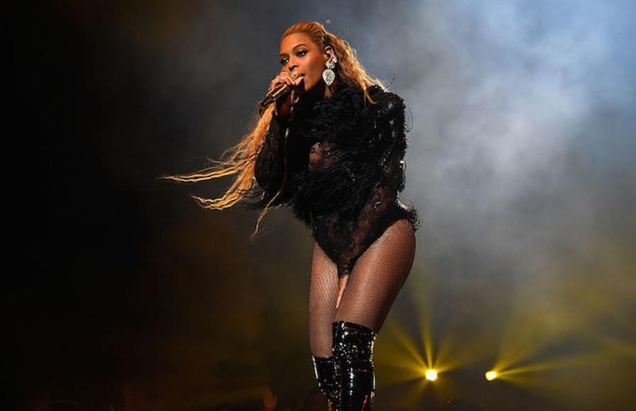 Beyoncé performing in 2016.