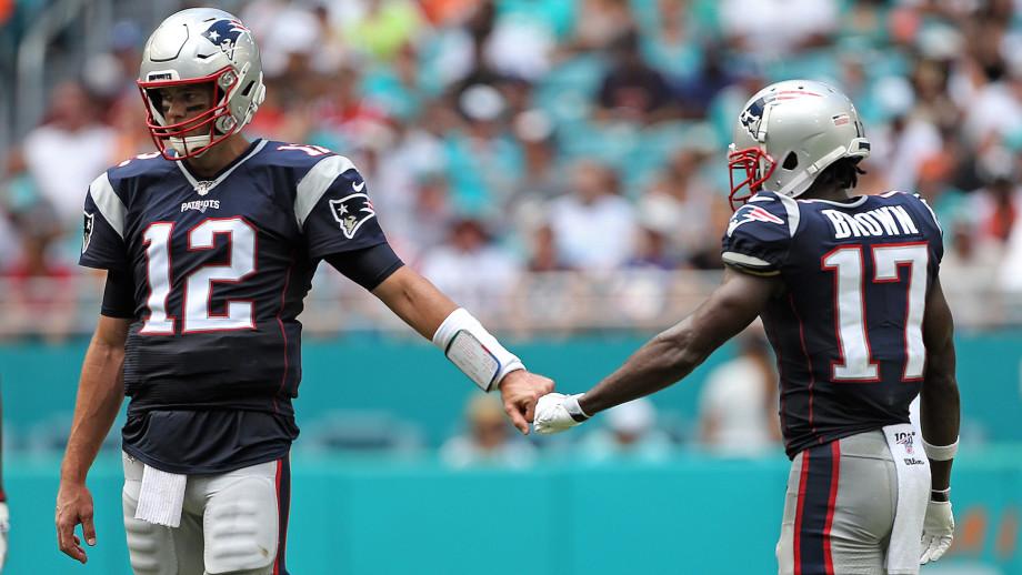 Tom Brady #12 and Antonio Brown #17