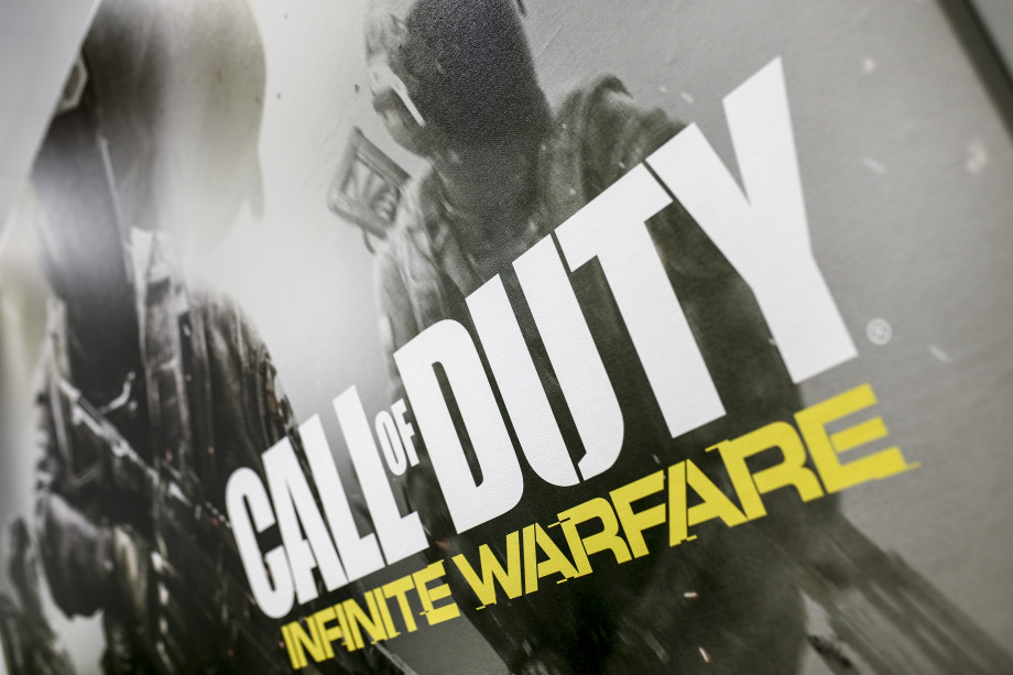 Call of Duty: Infinite Warfare promotional poster