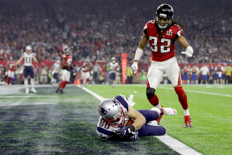 Patriots player scores in end zone during Super Bowl LI