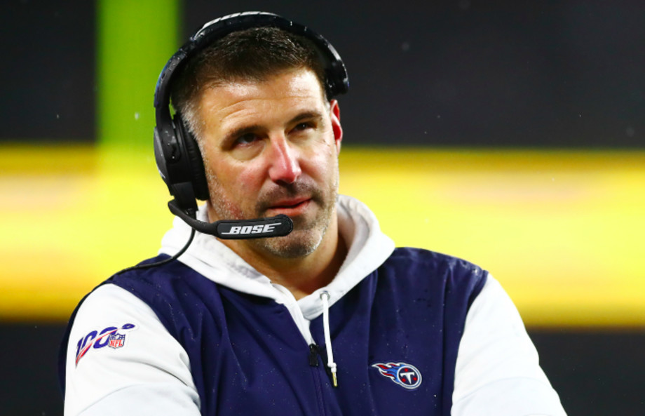 Head coach Mike Vrabel of the Tennessee Titans