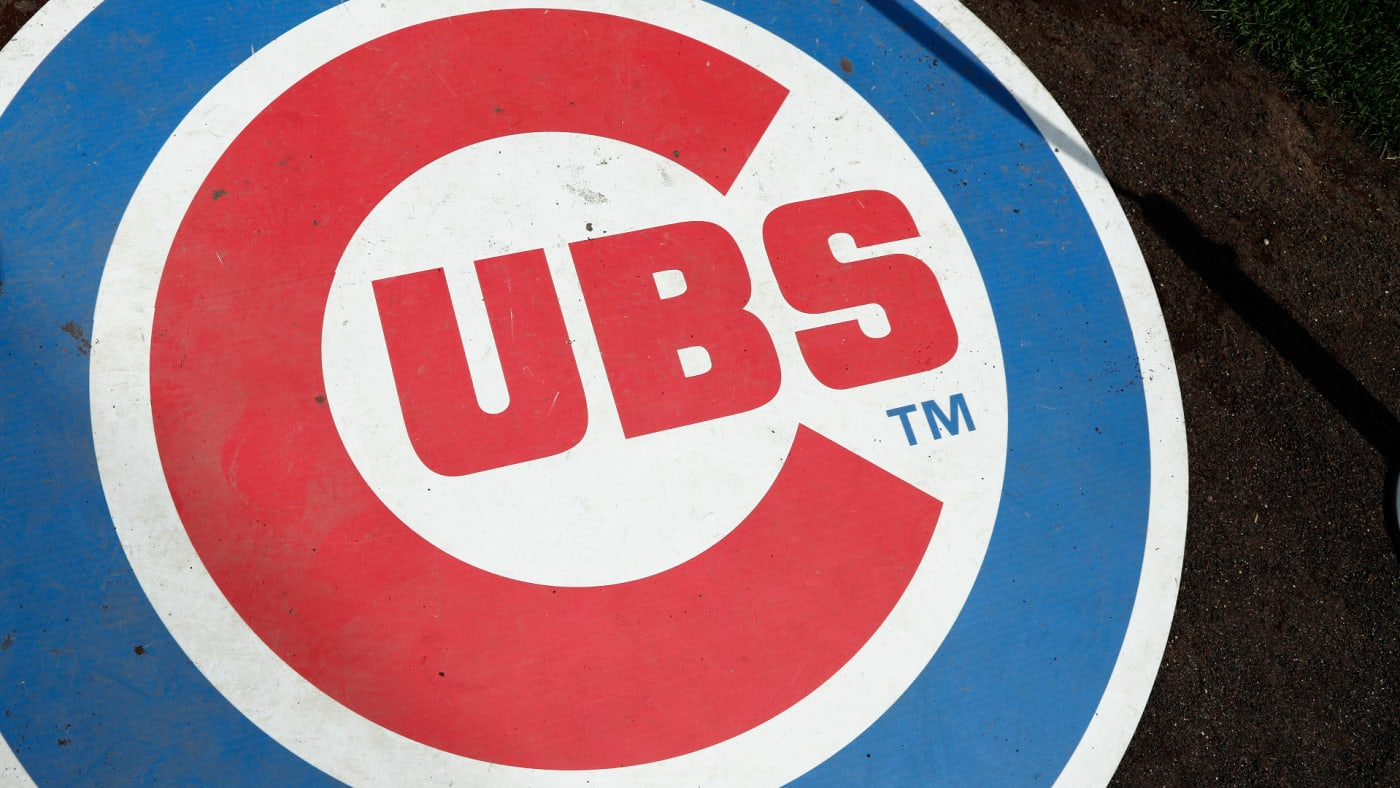 General view of the Chicago Cubs logo on the on deck circle.