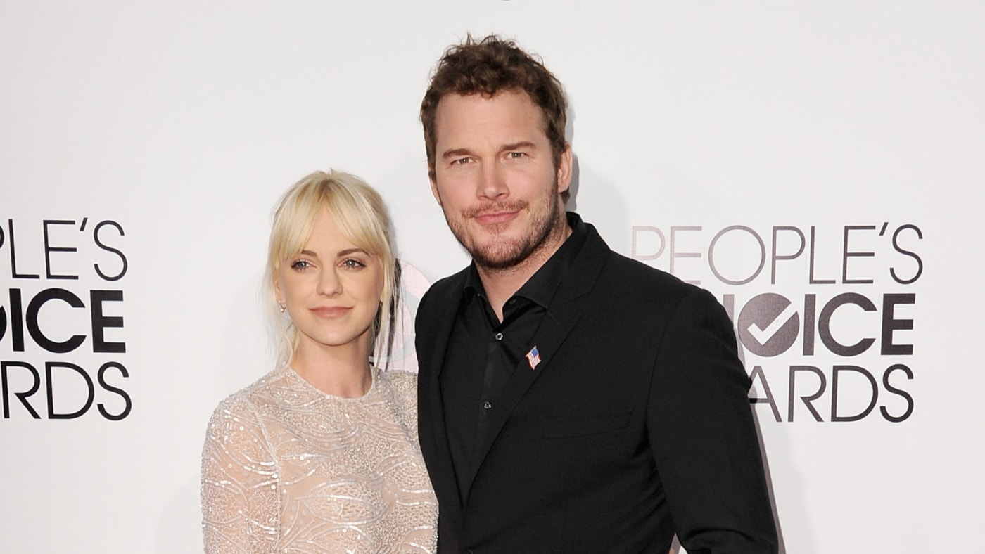 Anna Faris and Chris Pratt attend The 40th Annual People's Choice Awards.
