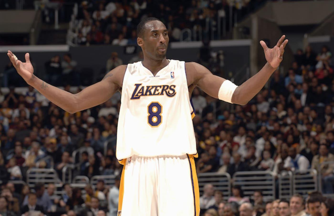 Kobe Bryant scores 81 points against the Toronto Raptors.