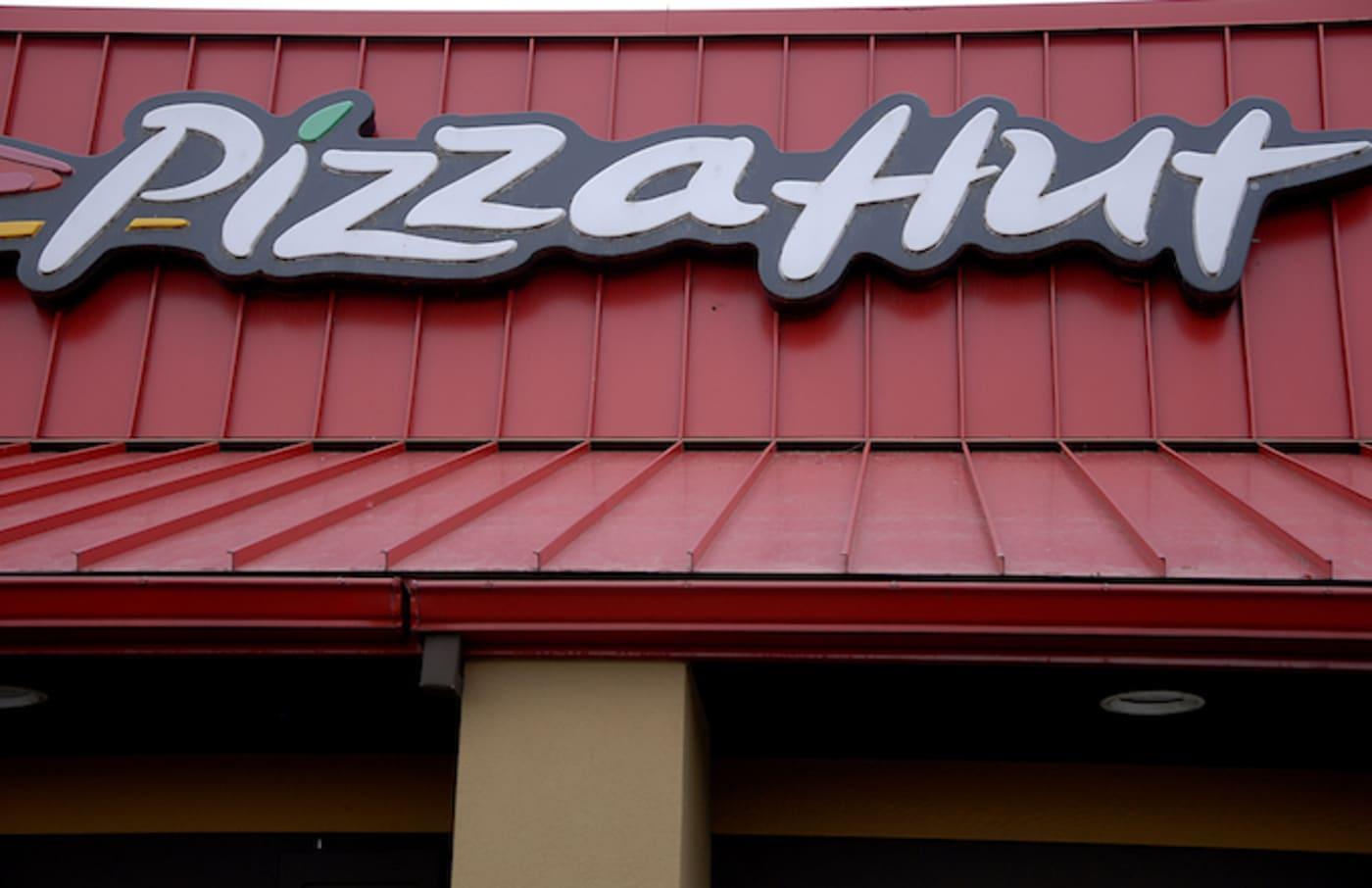 Pizza Hut in Clarkson, Washington.