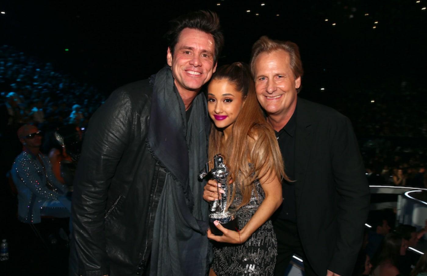 Ariana Grande and Jim Carrey