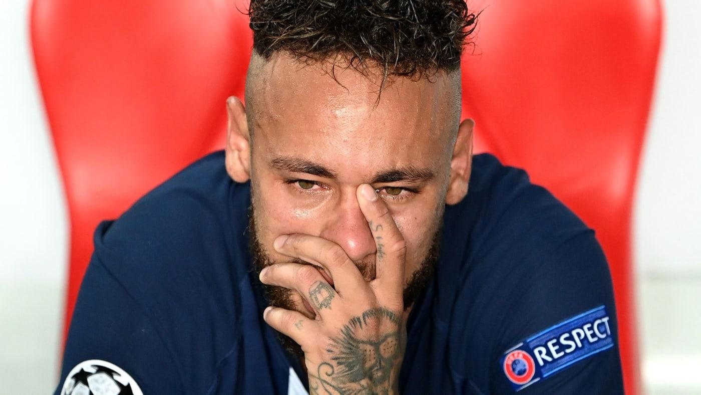 Neymar gets upset following PSG's 1 0 loss to Bayern Munich.