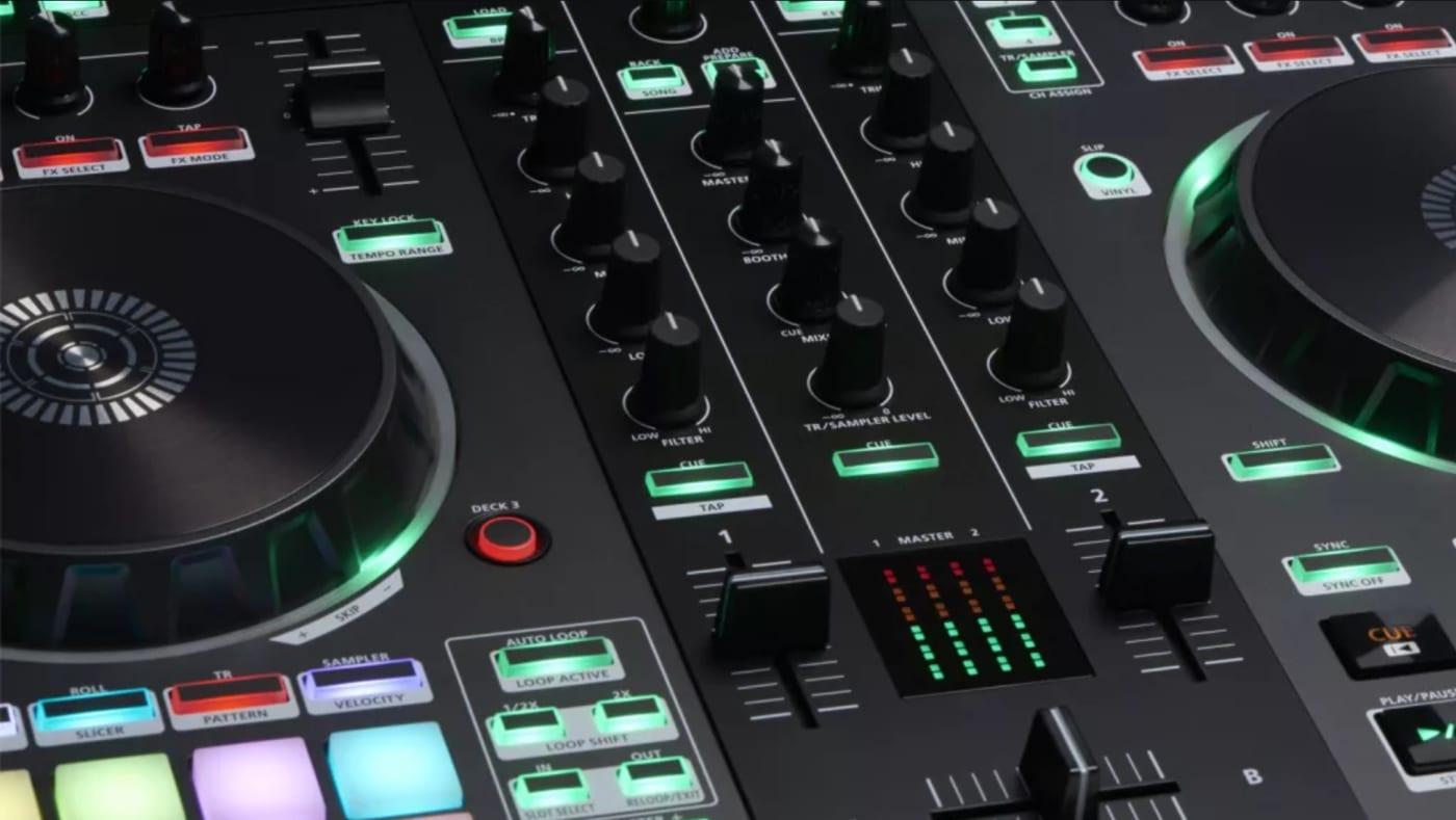 dj mixing desk