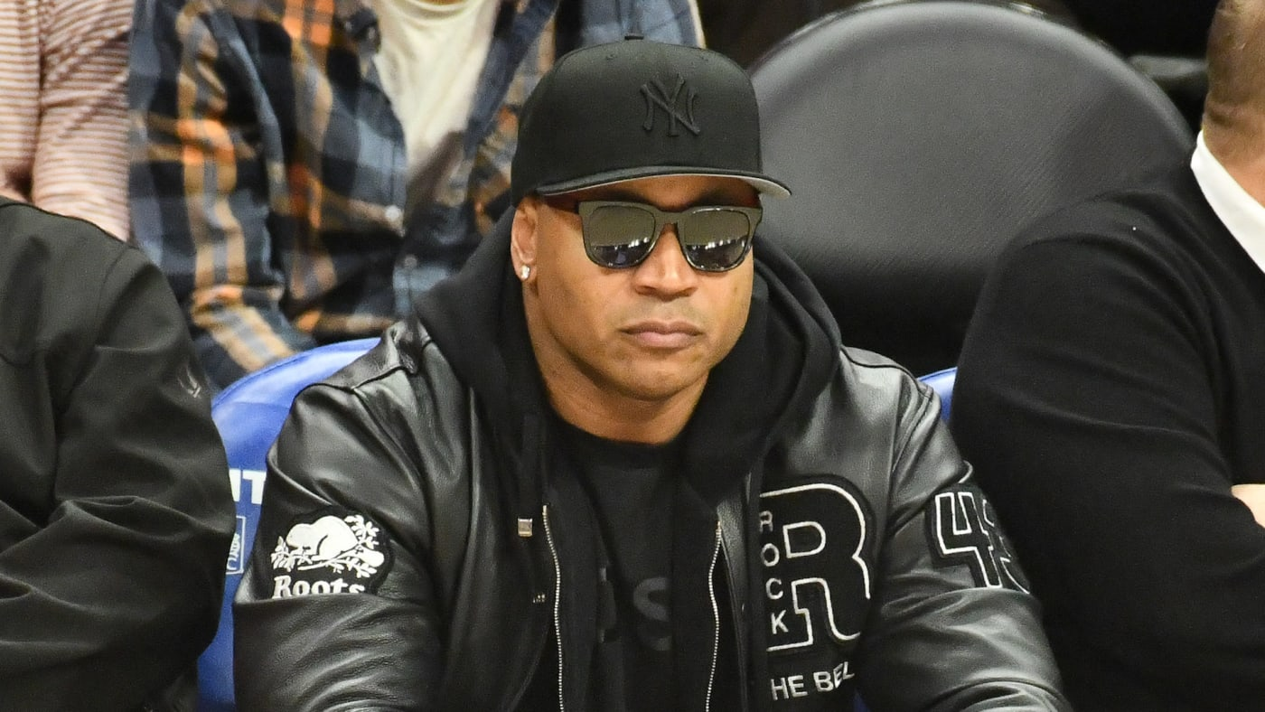 LL Cool J attends a basketball game