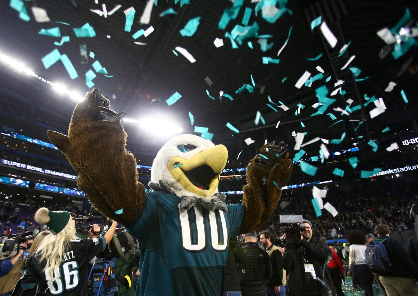 Philadelphia Eagle Mascot Super Bowl LII 2018