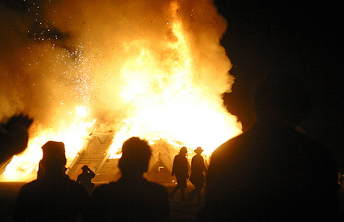 Atmosphere at the 2003 Burning Man festival.