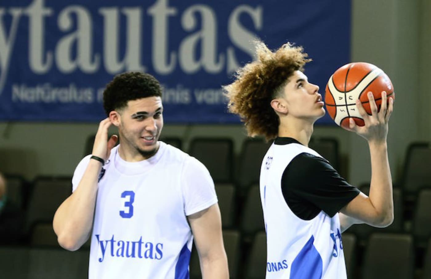 LiAngelo Ball and Lamelo Ball take part in their first training session in Lithuania.